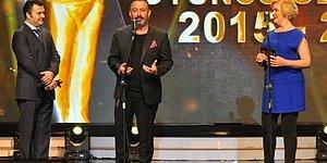 """""""Sadri Alışık"""" Ödüllerine Cem Yılmaz Esprileriyle Damgasını Vurdu"""