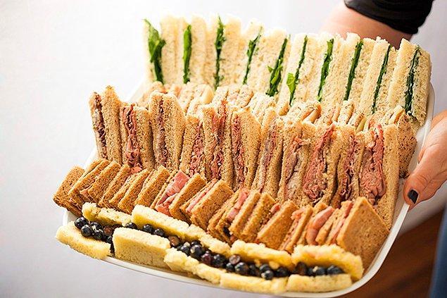12. Mini Sandviçler