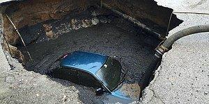 Ankara'da 'Tövbe, O da Ne?' Dedirten Görüntü: Park Halindeki Otomobil Asfalta 'Gömüldü'