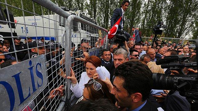 'Tomaların önüne dikilip barikatlara tutunarak poz verenlerin partimizin geleceğinde söz ve yetki sahibi olması hayal ötesi bir durumdur'