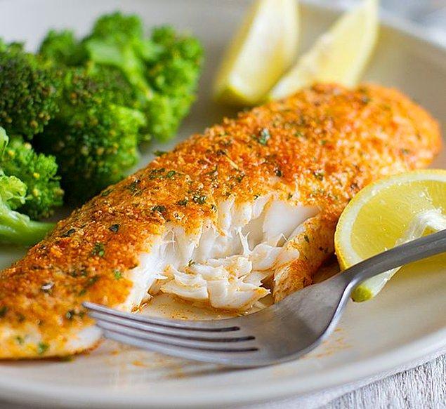 4. Balık+Ekmek Kırıntısı+Limon+Yumurta+Pul Biber/Kekik
