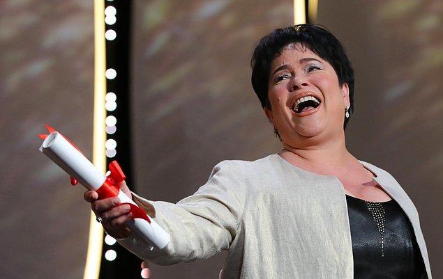 En iyi kadın oyuncu ödülünün sahibi ise Ma' Rosa filmindeki rolüyle Jaclyn Jose oldu