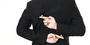 11 Yalan Üzerinden Yüzünüze Söylenen Yalanları Lap Diye Yakalayabileceğinizi Söylüyoruz!