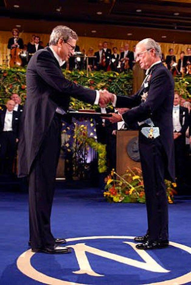 14. Orhan Pamuk, Nobel'i kazanalı 10 sene olmuş