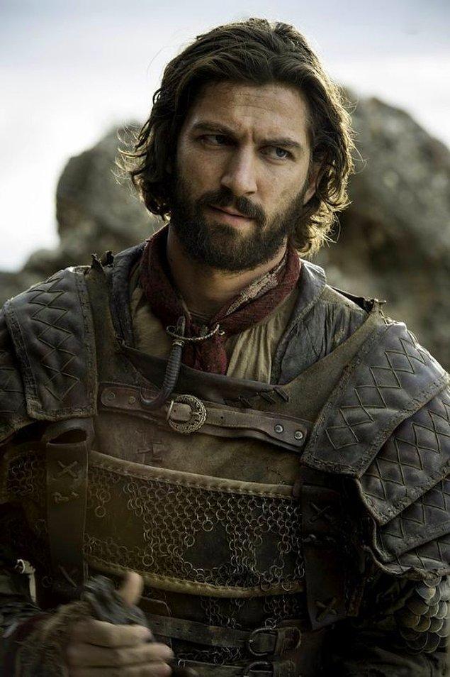 """1. Hala hatırlayamadıysanız, belki """"Daario Naharis"""" olarak anımsarsınız kendisini."""
