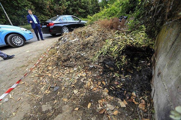 Yetkililer katilin arabaya ve Sara Di Pietrantonio'nun üstüne alkol döktünü ve çakmakla ateşe verdiğini söyledi...