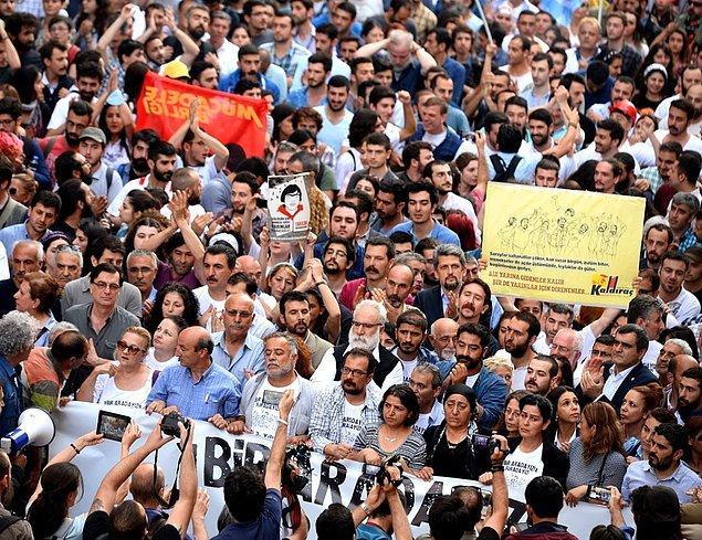 4- Gezi'nin 3. Yıldönümünde İstiklal'de Yürüyüş: 'Bir Aradayız, Buradayız'