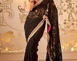 resimdeki saree 2010 yılında en güzel hint saree olarak kabul edilmiştir.