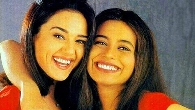 8. Hollywood'da komedi filmleri genelde kara mizah tadında olayların aksi gitmesi şeklinde ilerler. Bollywood'da ise komedi filmleri daha çok karakterlerin yaptığı espriler ve eğlenceli konuşmalar şeklindedir.
