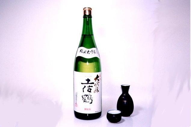 4. Japonya - Sake