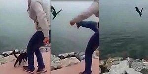 Boğazına İp Bağladığı Kediyi Tekmeleyerek Denize Attı