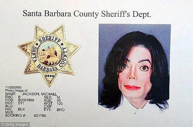 9. Ve son haberimiz ise ölse bile, taciz iddialarından kurtulamayan Micheal Jackson'dan geliyor...