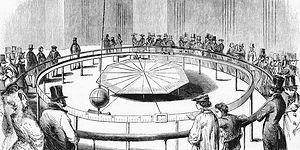 Dünya'nın Döndüğünü Kesin Şekilde İlk Defa Kanıtlayan Müthiş Düzenek: Foucault Sarkacı