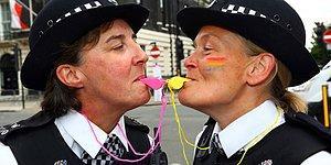 Sevginin Saygı Gördüğü Onur Yürüyüşlerinden Sürpriz Evlilik Teklifi Dahil 22 Renkli An!