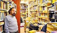 Samatya'nın Görme Engelli Kitapçısı, AVM Kitapçılarına Karşı Ayakta Durmaya Çalışıyor