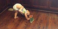 Hayat Bazen Hiç Kolay Olmuyor: Bot Giymeye Çalışan Azimli Bebek