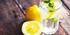 İçtiğinizde Yüzünüzü Azıcık Ekşitip Sizi Sağlığa Boğacak Limonlu Suyun 13 Faydası