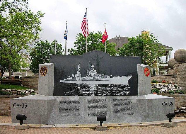 Denizcilerin Anısına