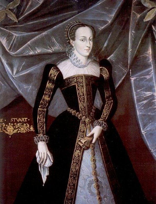 İskoçya Kraliçesi Mary, 1542 yılında babasının ölümünden kısa bir süre önce doğdu.