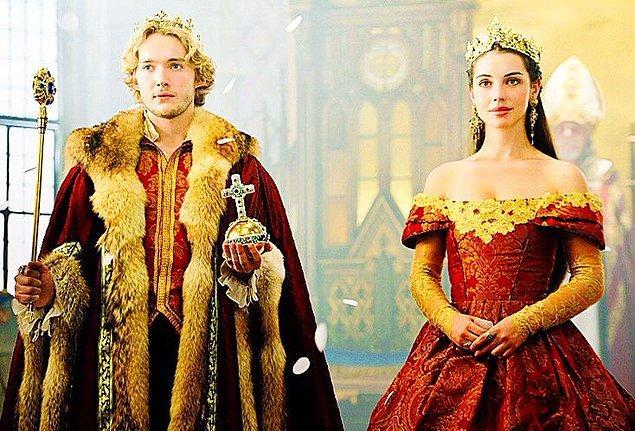 Fransa Kralı II. Henry'nin 1559'daki ölümü üzerine Francis tahta çıkmış ve Mary de Fransa Kraliçesi olmuştu.