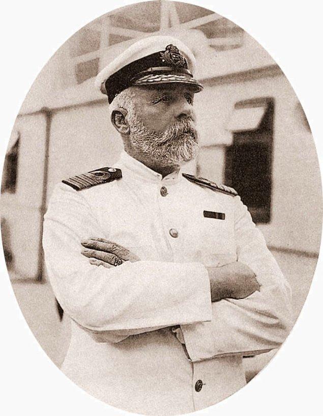 Kaptan Edward John Smith