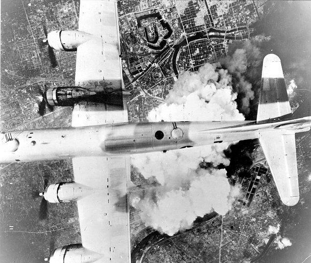 10. Saldırı gününde Japon radarları birkaç ABD uçağının yaklaşmakta olduğunu tespit etmişti.