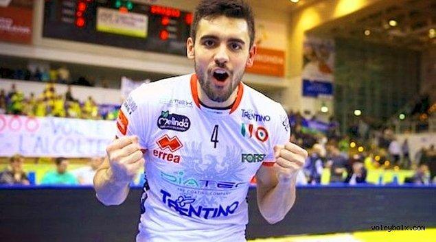 15. Arjantin'den dev bir yakışıklı: Sebastián Solé!