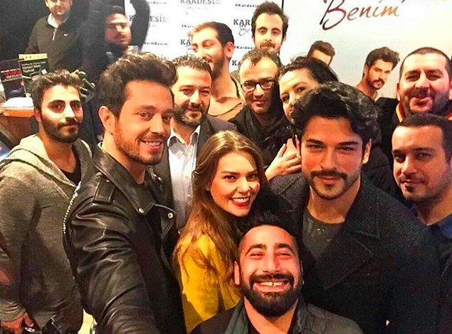 3. Aslı Enver'in filmdeki partneri Burak Özçivit olsa bile, Murat Boz'la daha bir yakışıyorlardı sanki...