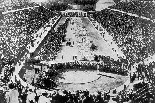 3. İlk modern olimpiyatlardan açılış seremonisi, Atina, Yunanistan, 6 Nisan 1896.