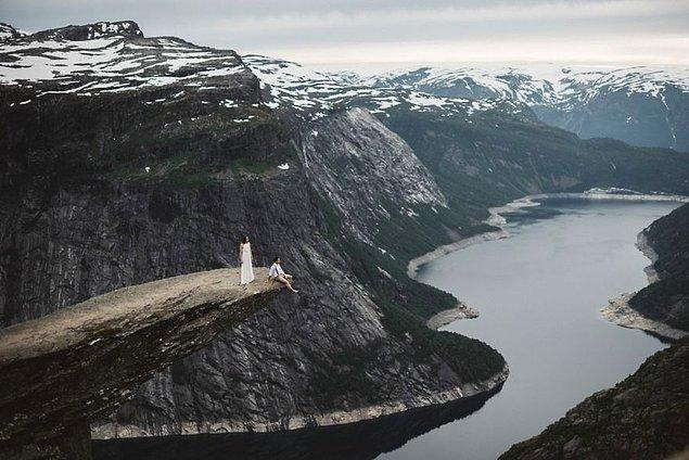 18. Trolltunga, Norveç