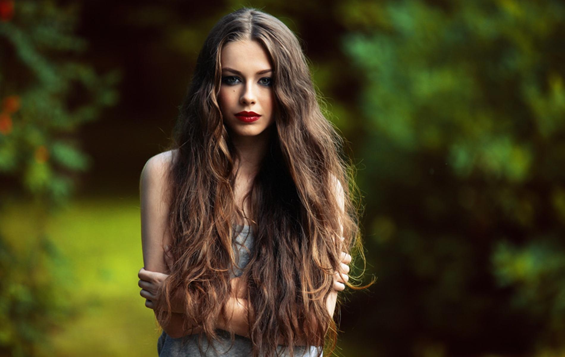 Прически с локонами на длинные средние и короткие волосы