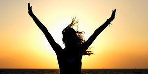 Mutluluğun Arkasında Yatan Bilimi Gözler Önüne Seren Basit ve Değerli 12 Bilgi