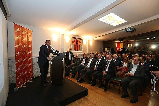 'Galatasaray'ın 500 milyon dolar borcu var'