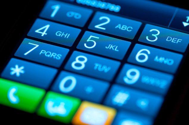 4. Birinin size bilerek yanlış numara verdiğini düşünüyorsanız, teyit amacıyla verdiği numarayı hatalı olarak okuyun. Sizi düzeltiyorsa verdiği numara doğrudur.