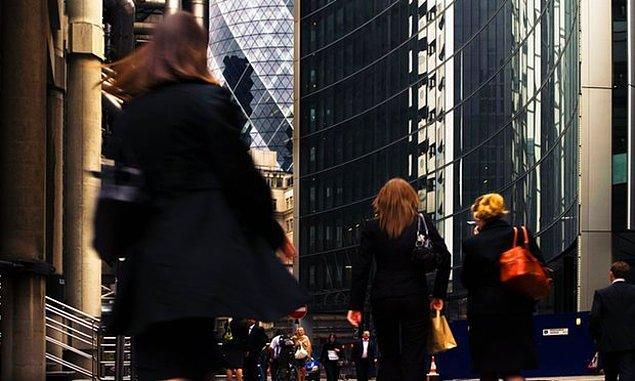 Türkiye, kadın istihdam oranı konusunda OECD ülkeleri içerisinde son sırada yer alıyor.