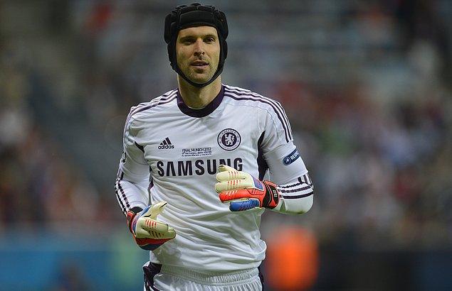Premier Lig'de 181 maçta kalesini gole kapatan Cech Guinness Rekorlar Kitabı'na adını yazdırdı