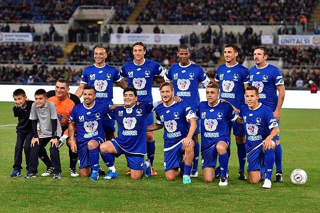 Cafu, Maradona, Totti bir takımda,