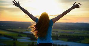 Kendisi Olabilen Kadınların 11 İbretlik Özelliği