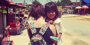 Türkiye'den Kamboçya'ya Yoksul Çocukları Doyurmaya Gitti. Şimdi de Evsizlere Ev Yapıyor