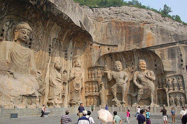 Longmen Mağaraları - Çin