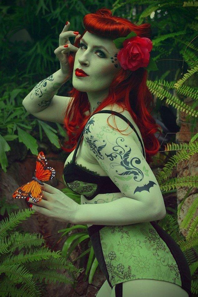 19. Büyüleyici Güzellikte Bir Poison Ivy Kostümü