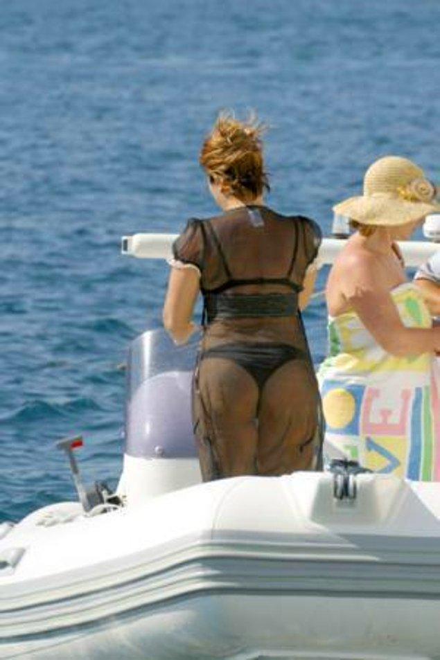 2. Verdiği kilolardan sonra giydiği tanga ile magazincilere yakalanan Sibel Can birkaç hafta ekranları meşgul etmişti.