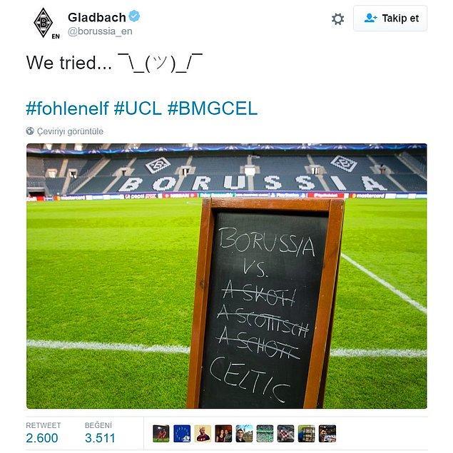Aradan 2 hafta geçti ve bu sefer maç Almanya'da... Alman ekibi, sahadaki tahtaya 'İskoç ekibi' yazmayı deniyor, olmayınca da Celtic yazıveriyor 🙂