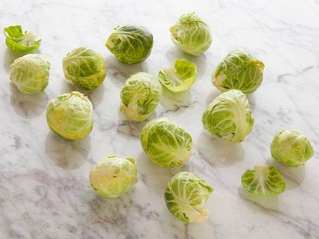 12 adet Brüksel lahanası = 100 kalori