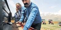 Türkiye'nin İlk Komünist Belediye Başkanının Halkın Yüzünü Güldüren Görülmemiş İcraatları