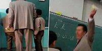 Bu Nasıl Öğretmen? Tahtaya Kaldırdığı Öğrencileri Hem Azarlıyor Hem Dövüyor!