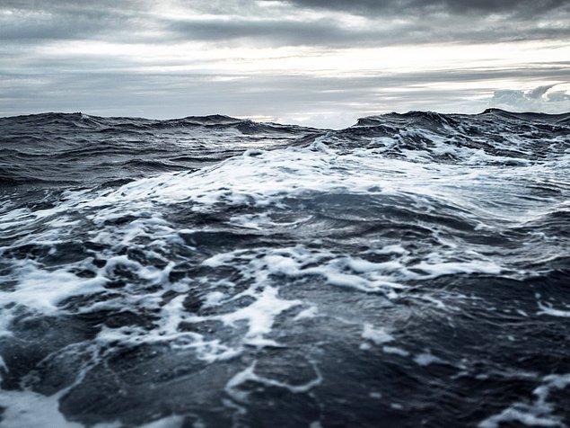 Milyarlarca yıl önce gerçekleşen asteroid yağmurları, okyanusların bir sene boyunca kaynamasına sebep olacak kadar güçlüydü.