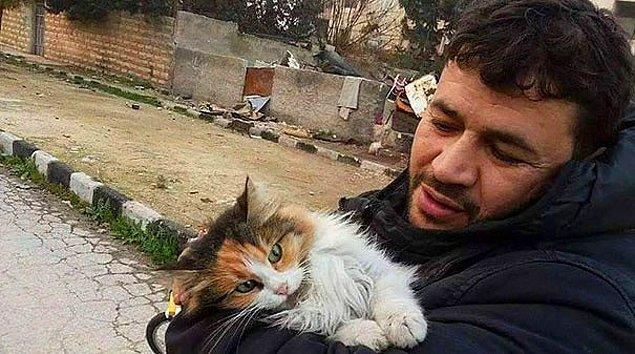 28. İnsanlar Bir Bir Kaçarken, Terk Edilmiş Kediler İçin Halep'te Kalan Koca Yürekli Adam