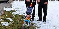 Güneş Enerjisiyle Çalışan 'Çapa Makinesi' Üretti