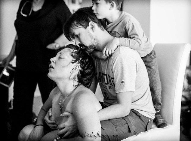 3. Doğum sırasında ailenin tam desteği. 🤗